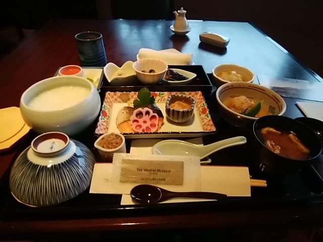 京都の朝食とランチ
