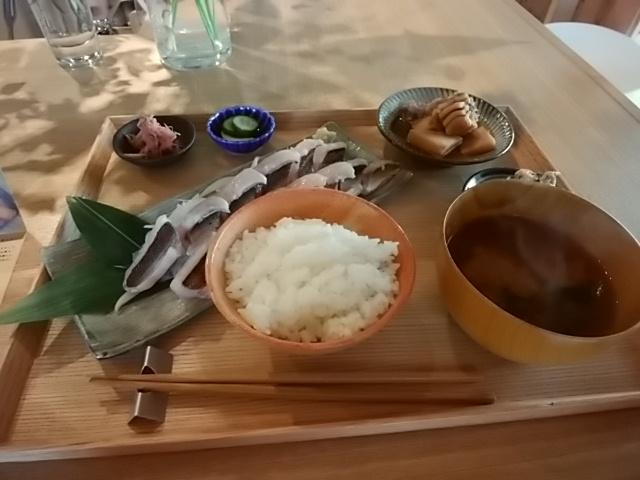 お昼ご飯は和食